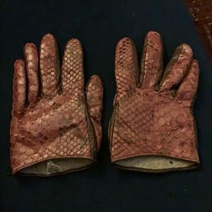 Cashmere lined leather gloves size 6